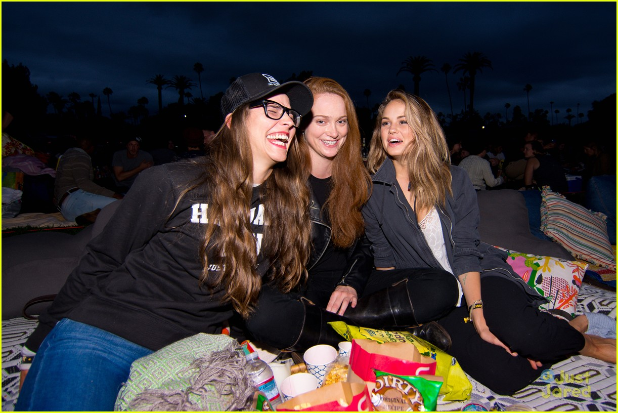 debby ryan austin stowell cinespia screening pics 01