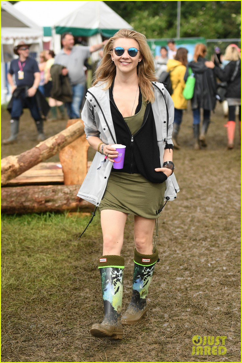 nicholas hoult douglas booth check out glastonbury festival 03