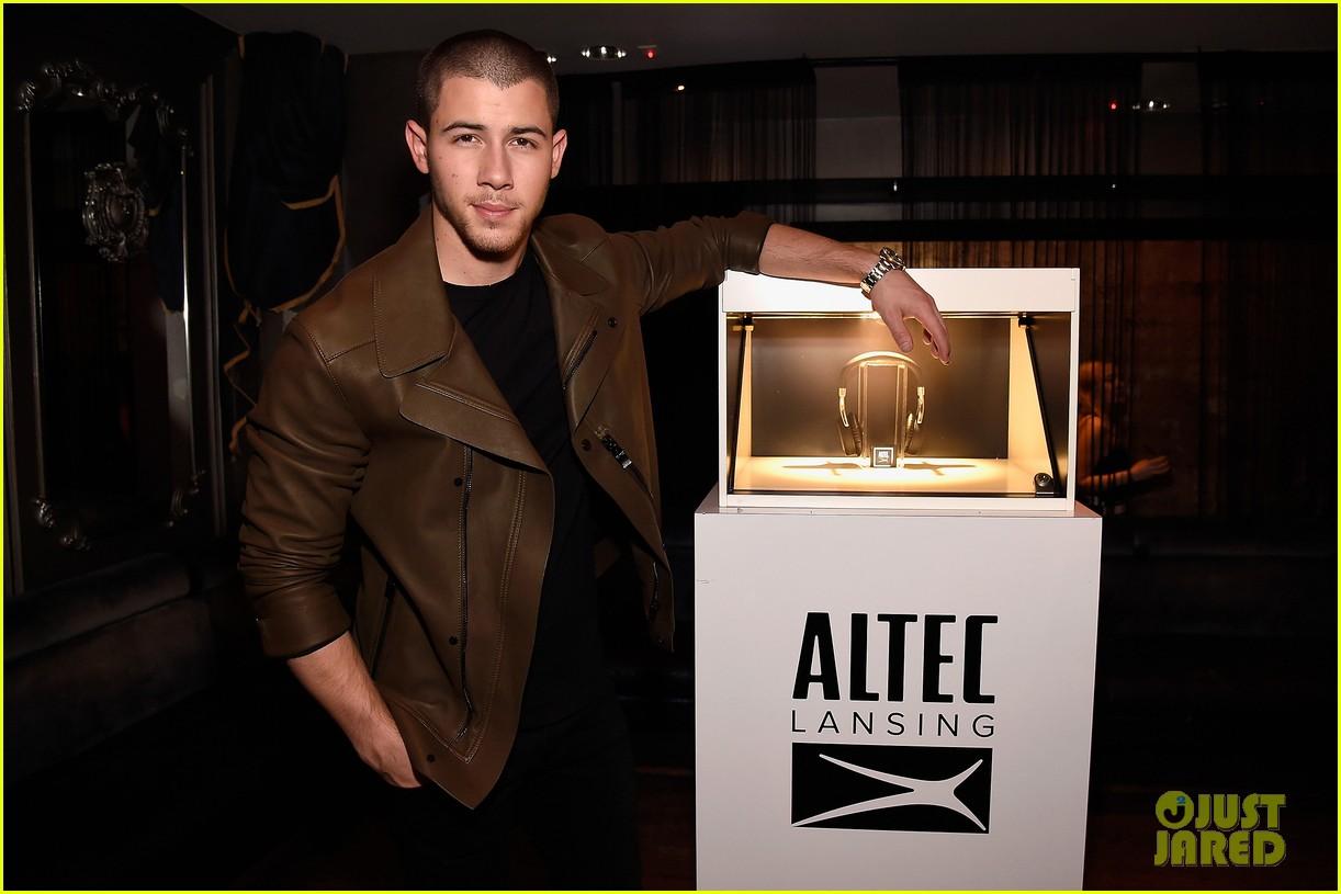 Nick Jonas Celebrates Altec Lansing Collab Launch   Photo 984770