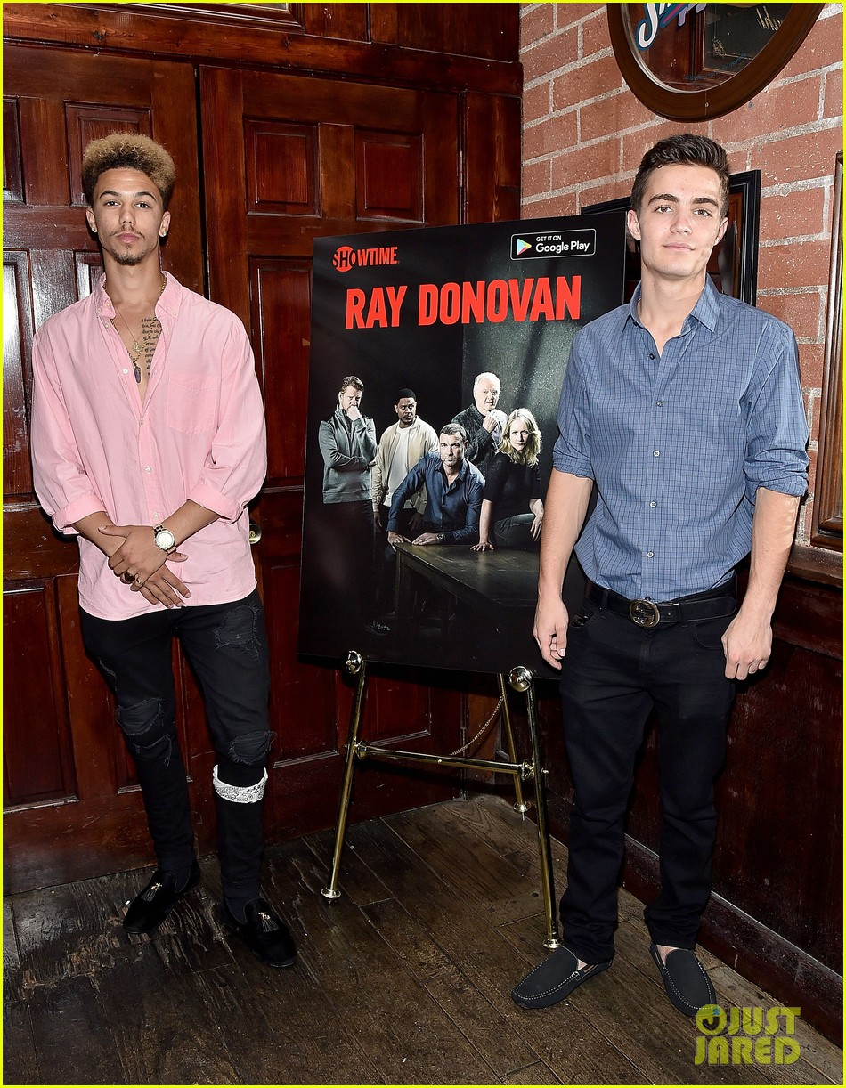 kerris dorsey ray donovan season 4 premiere 10