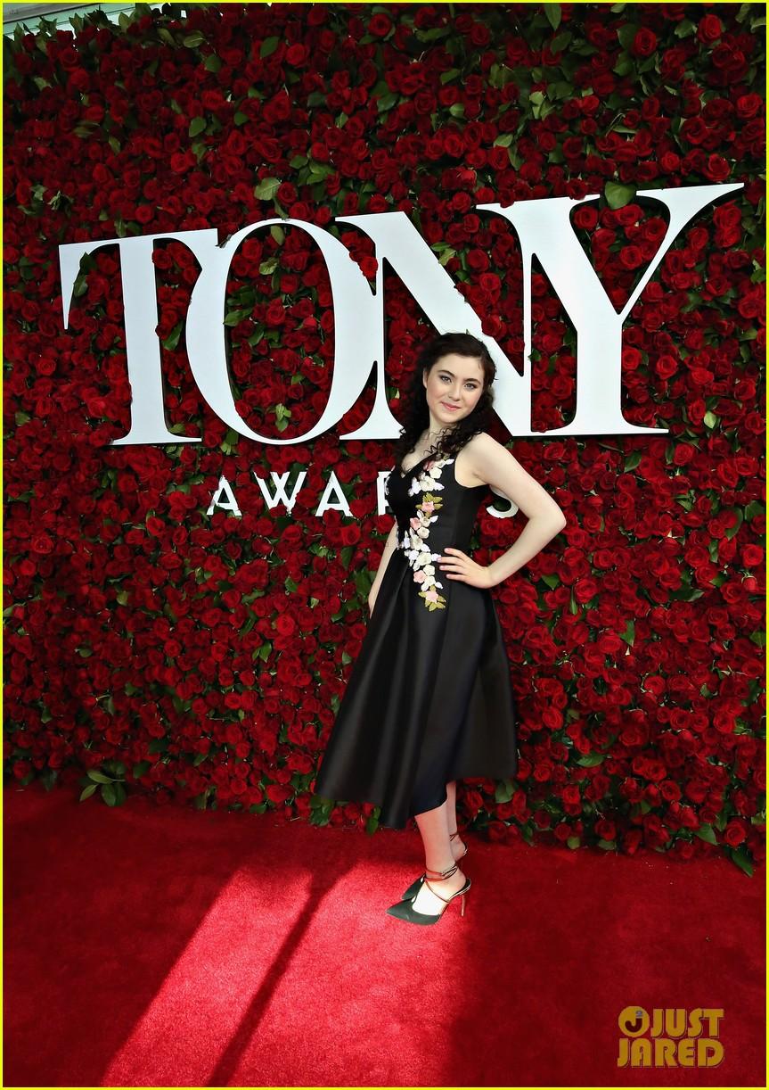 lilla crawford 2016 tony awards 05