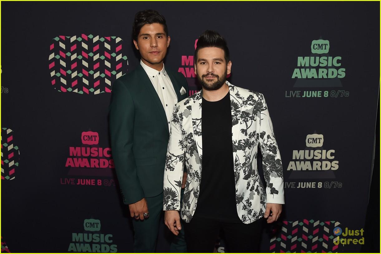 megan liz dan shay more cmt music awards 04