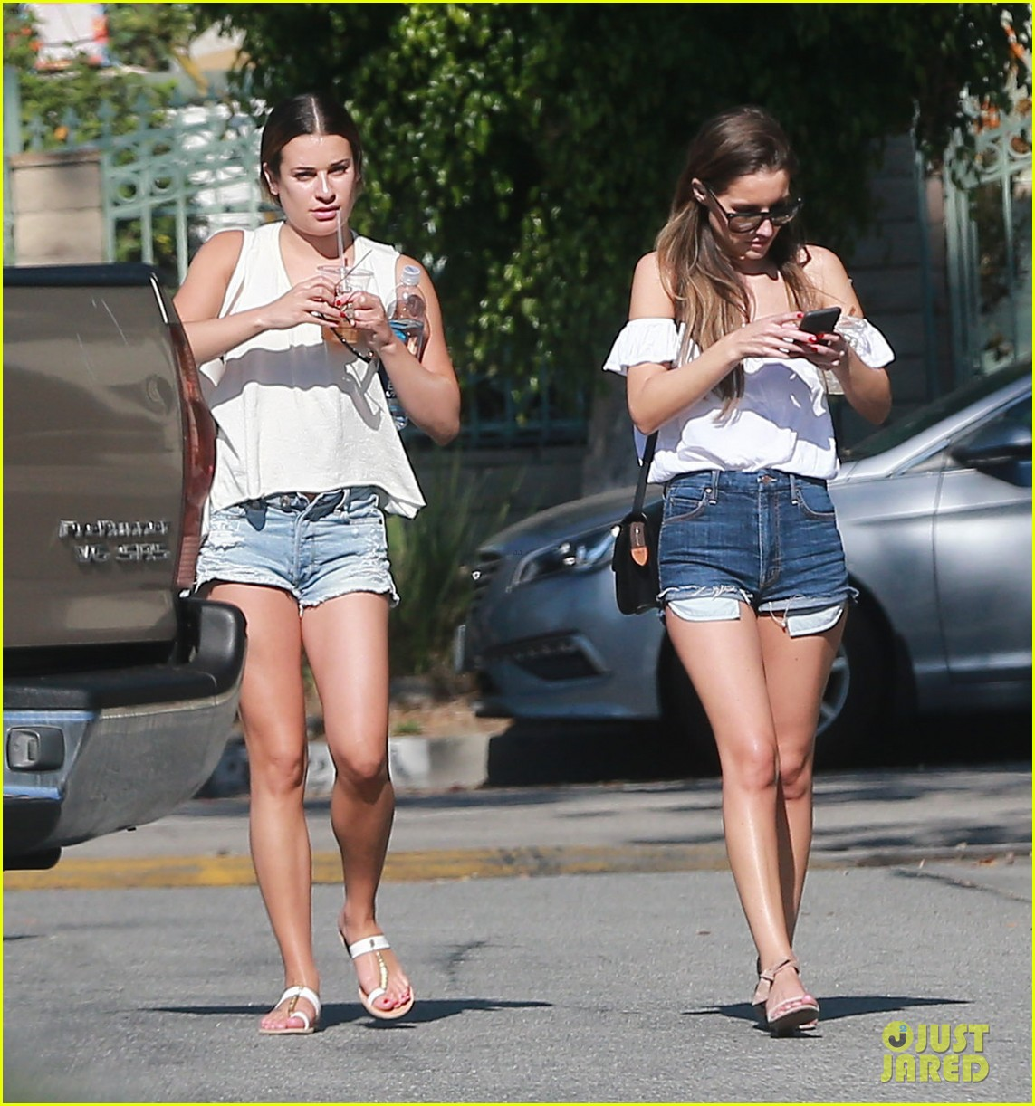 lea michele gets in girl time at the spa | photo 987017 - photo