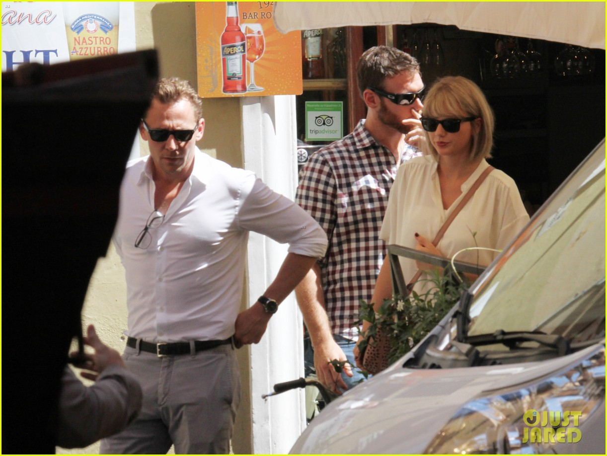 taylor swift tom hiddleston rome helicopter 03