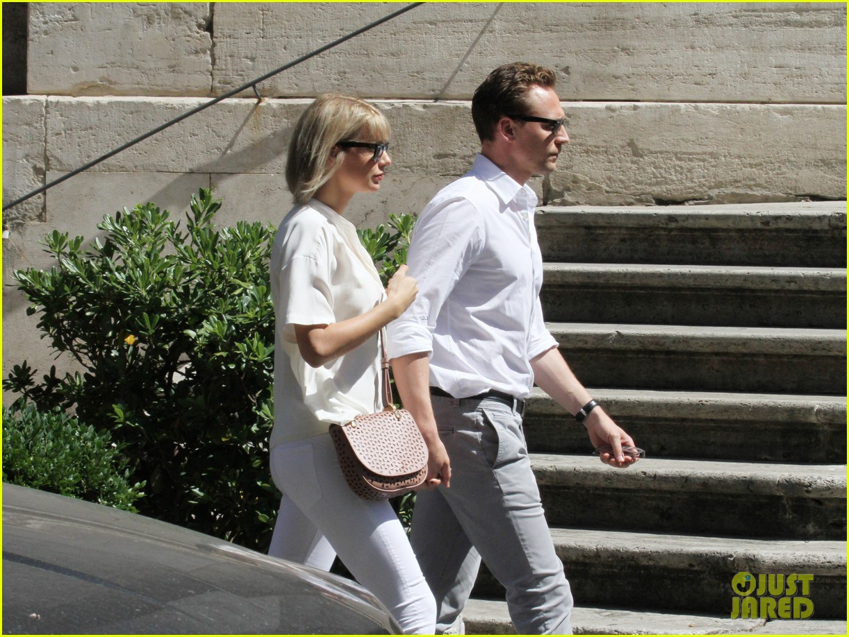 taylor swift tom hiddleston rome helicopter 06