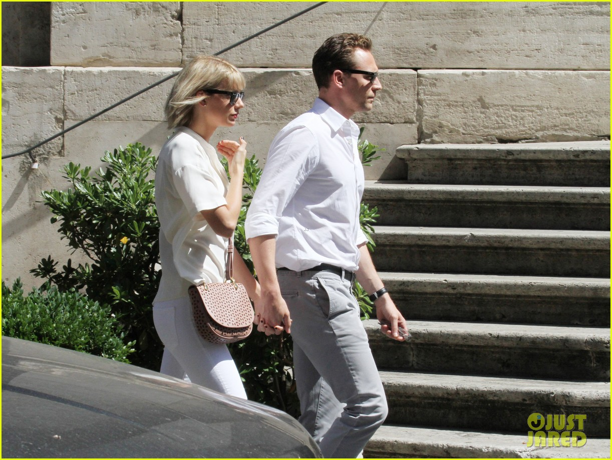 taylor swift tom hiddleston rome helicopter 07