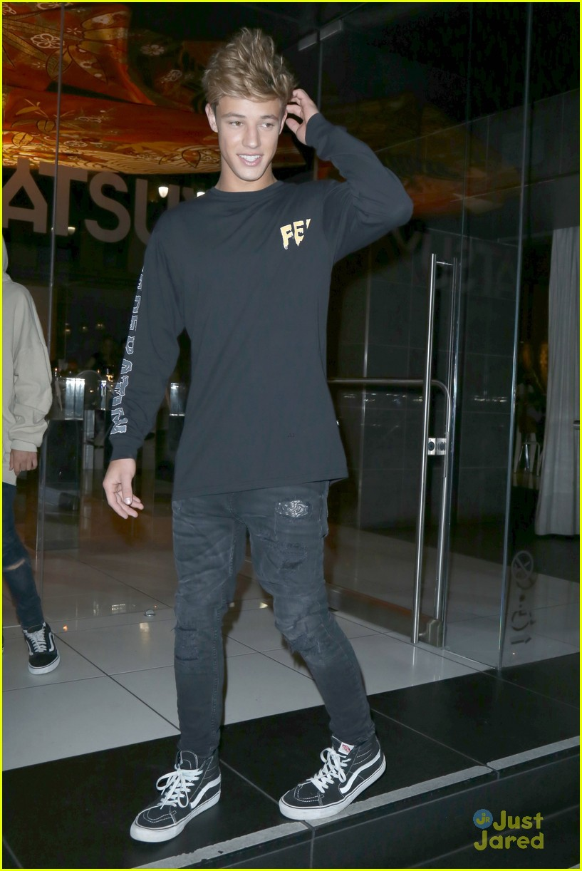 cameron dallas katsuya dinner nice tweet 04