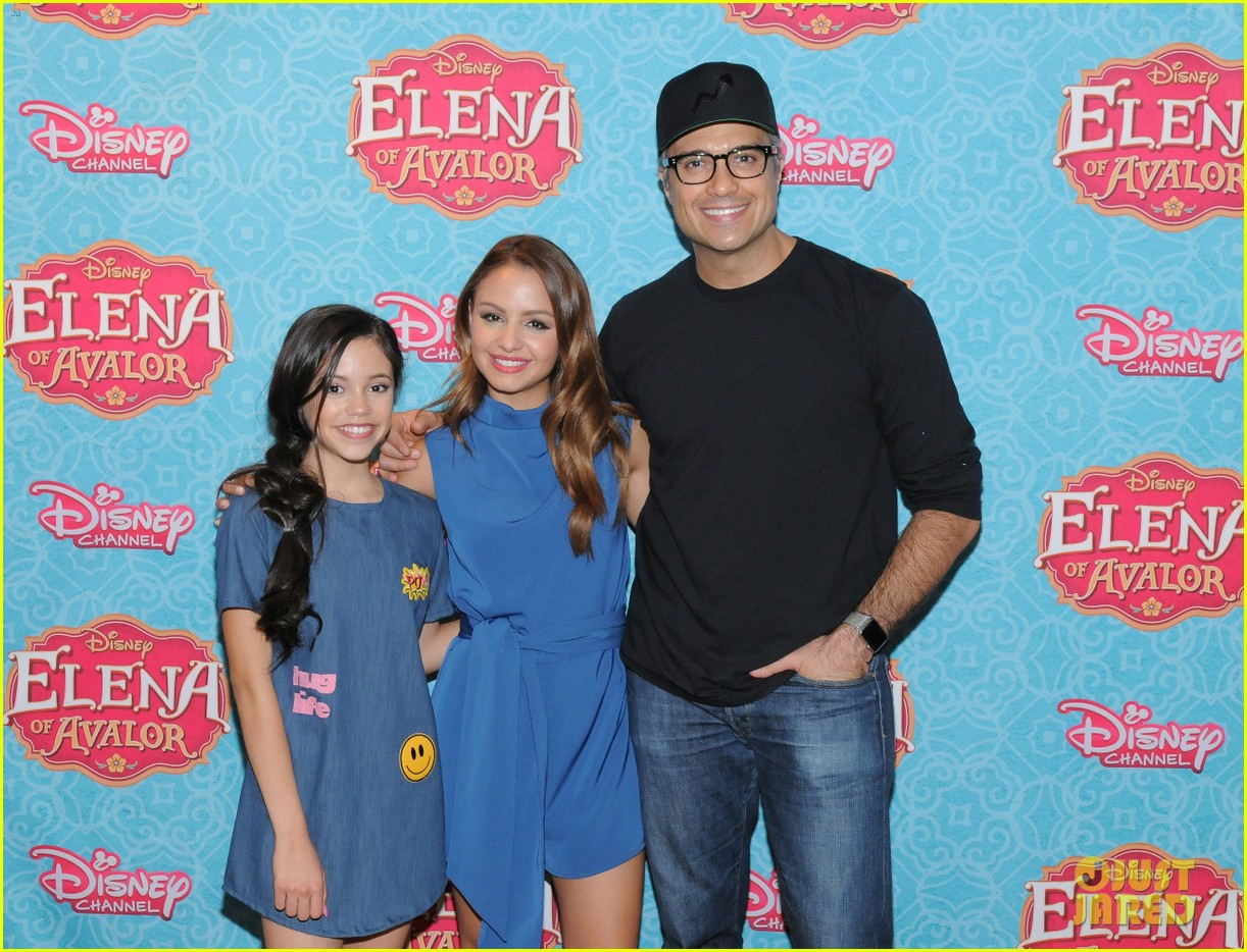 jenna ortega aimee carrero talk elena of avalor 04
