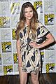 peyton list riley smith frequency 2016 comic con 18