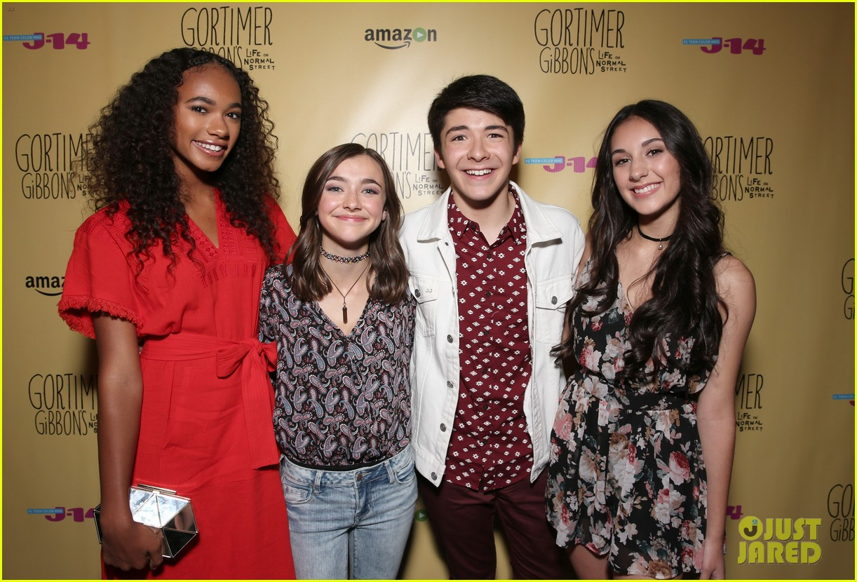 sloane siegel gortimer gibbon cast season two celebration 20