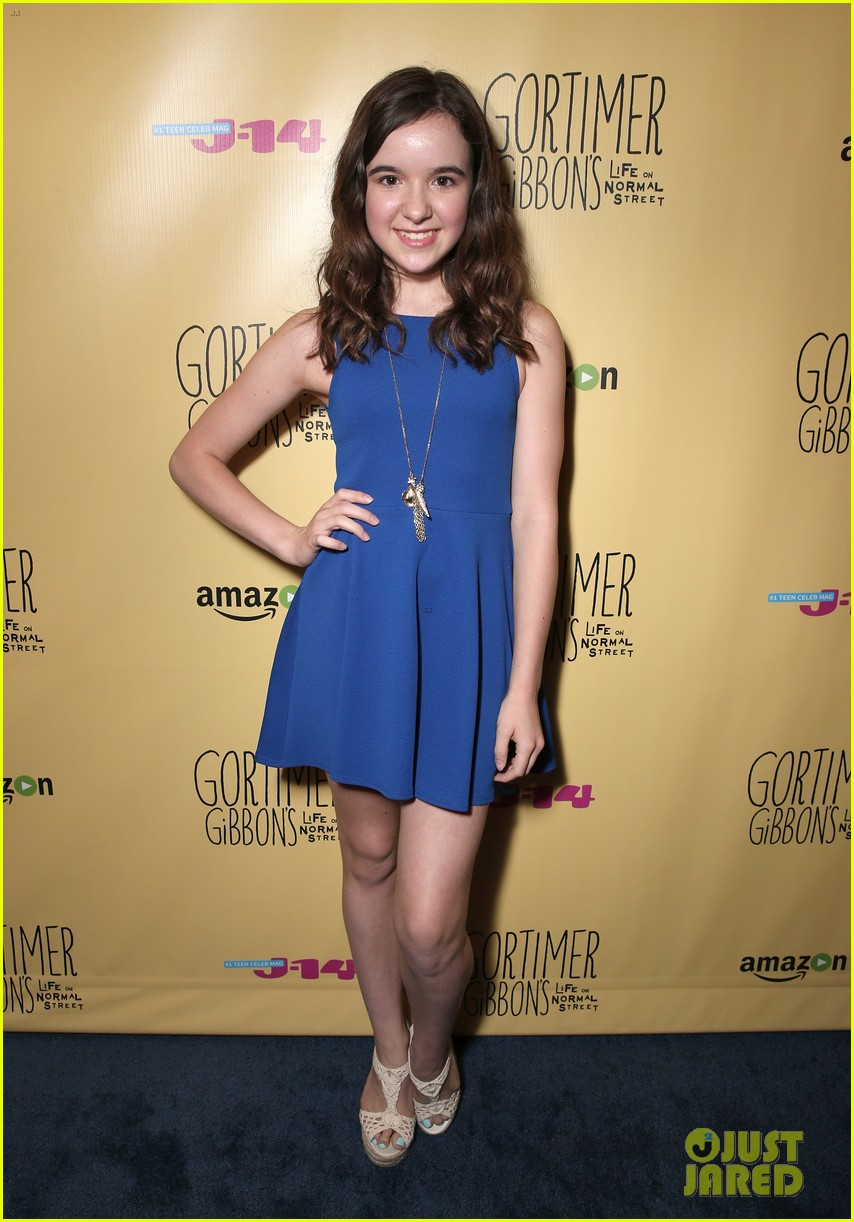sloane siegel gortimer gibbon cast season two celebration 54