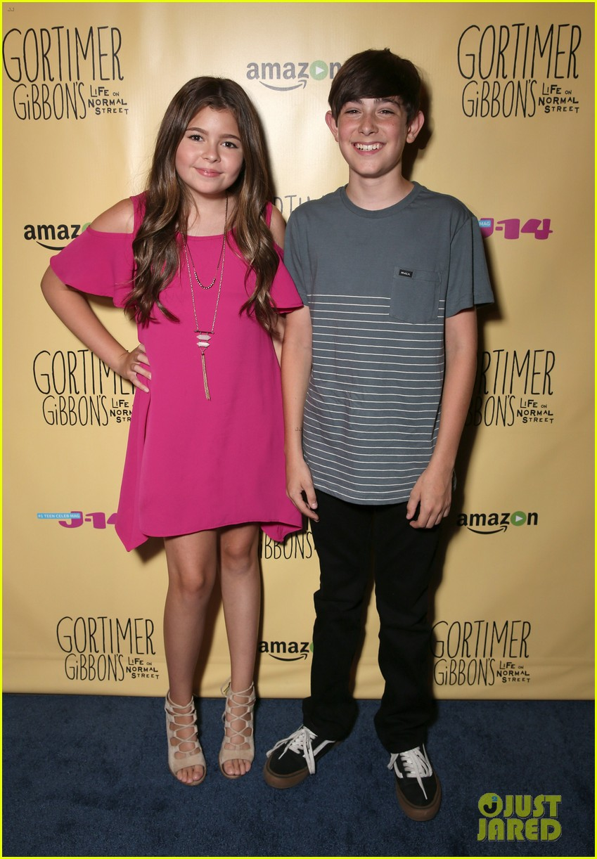 sloane siegel gortimer gibbon cast season two celebration 56