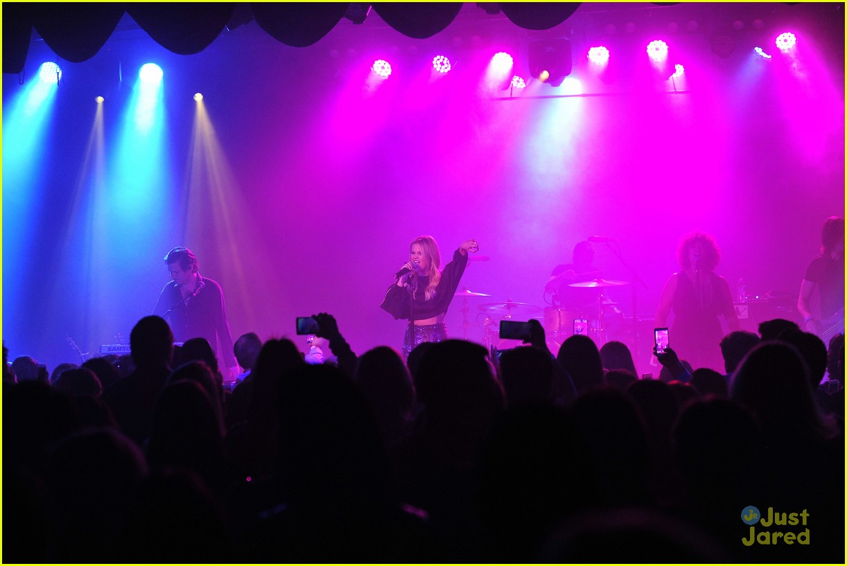 olivia holt roxy theater concert pics 12