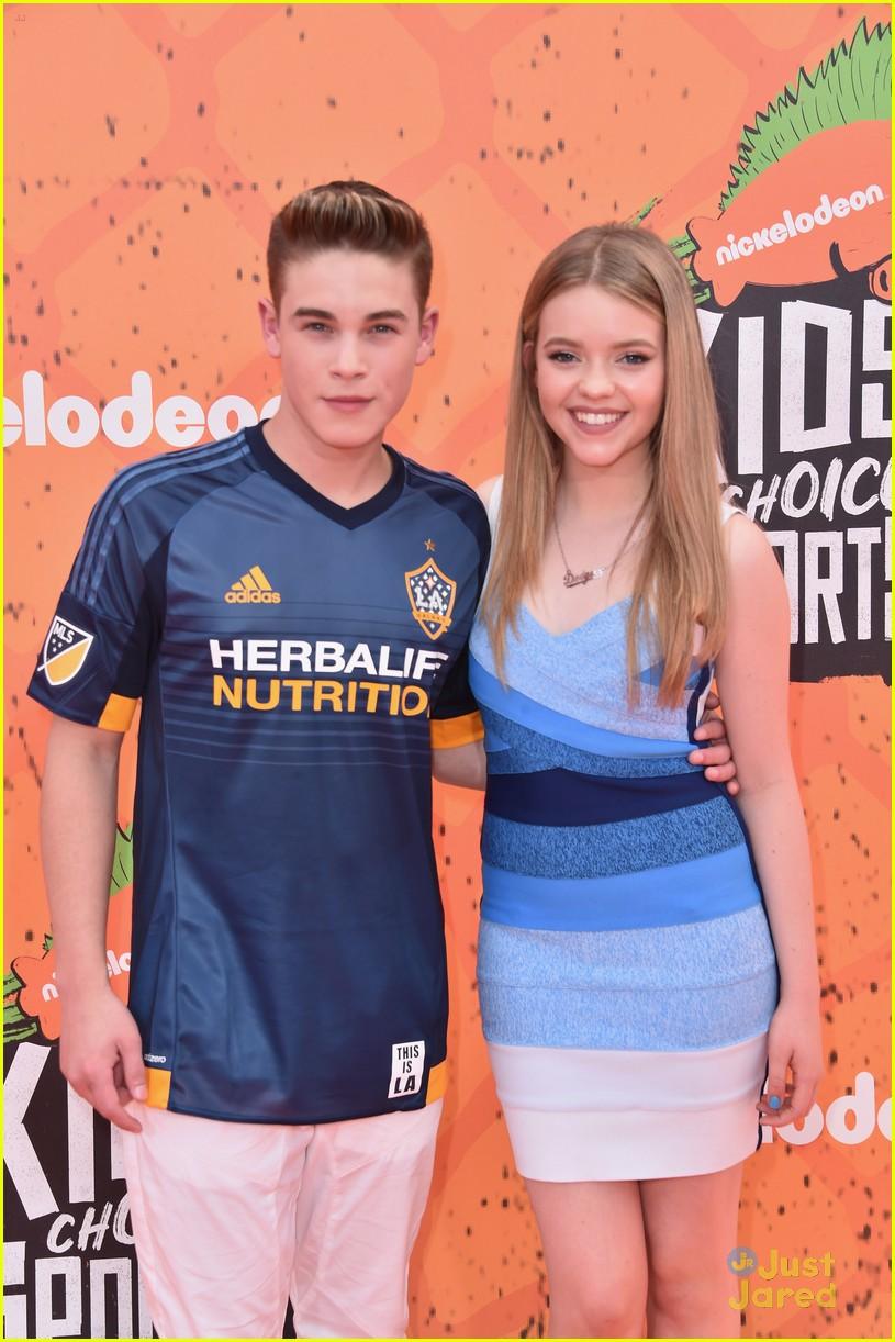 school of rock cast hits kids choice sports awards 2016 after emmy