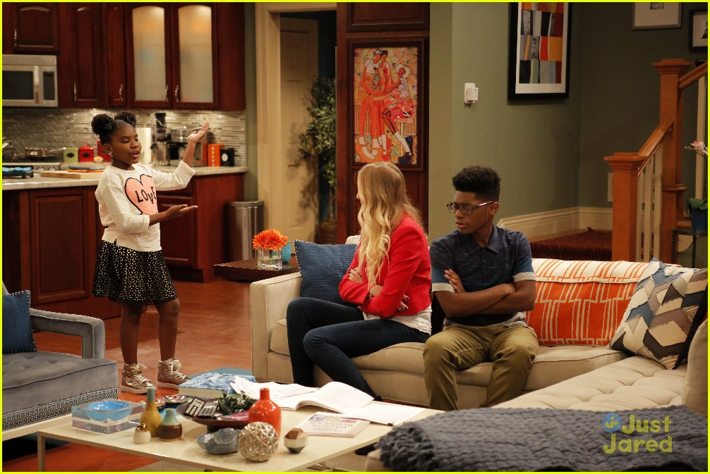 kc undercover catch him if can stills 05
