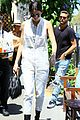 kendall jenner grabs lunch wiith scott disick holiday weekend 09