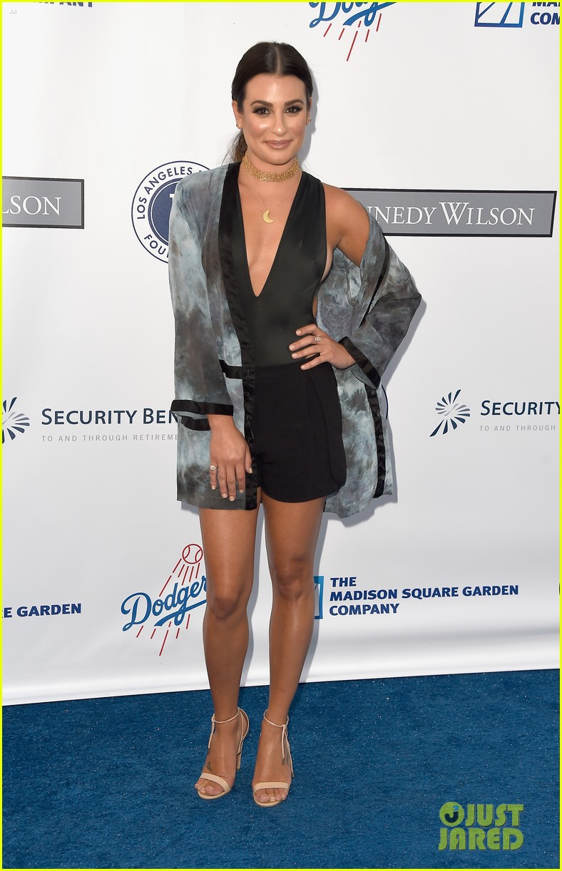 lea michele taylor lautner chace crawford dodgers fdn gala 03