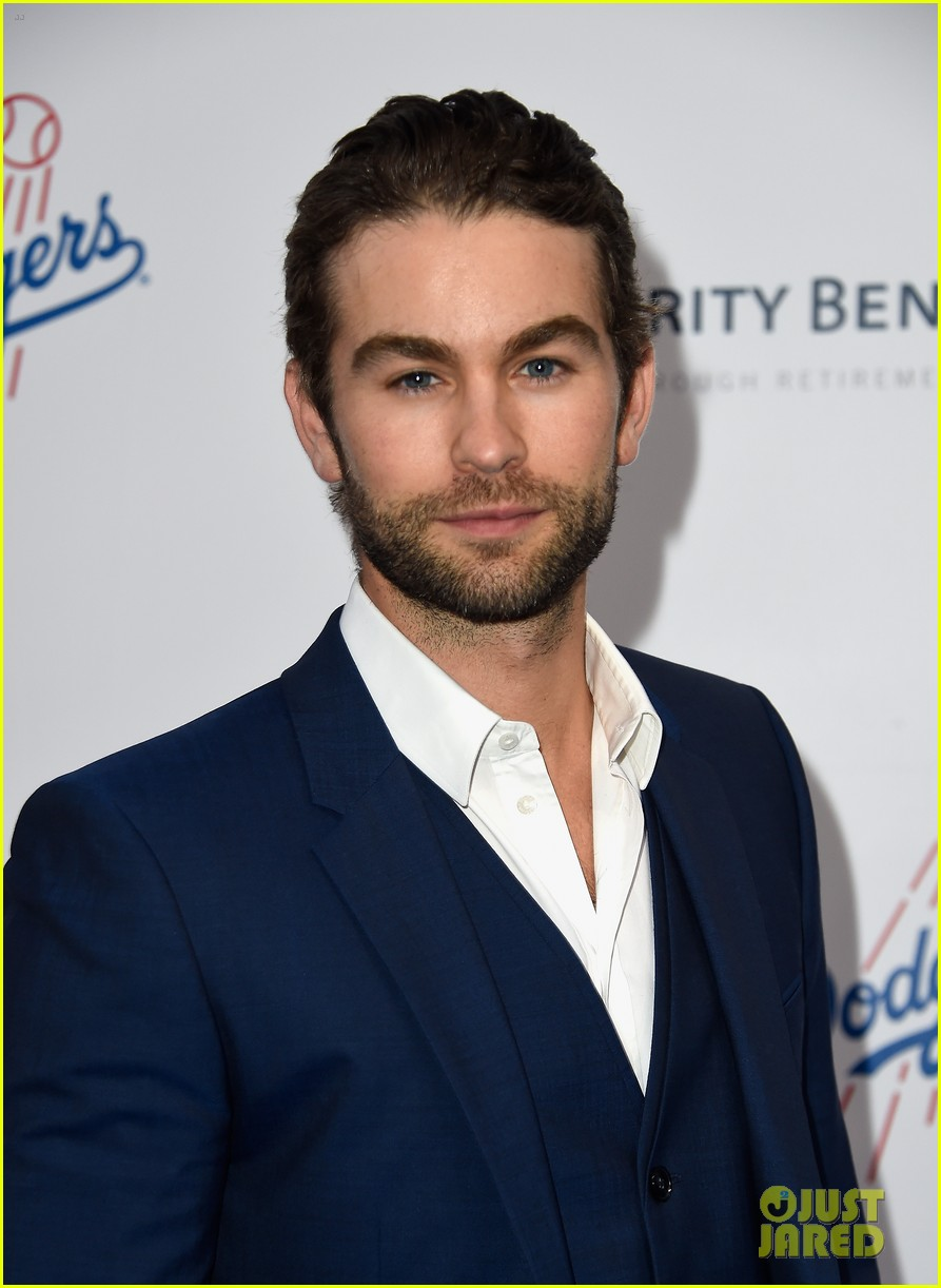 lea michele taylor lautner chace crawford dodgers fdn gala 06