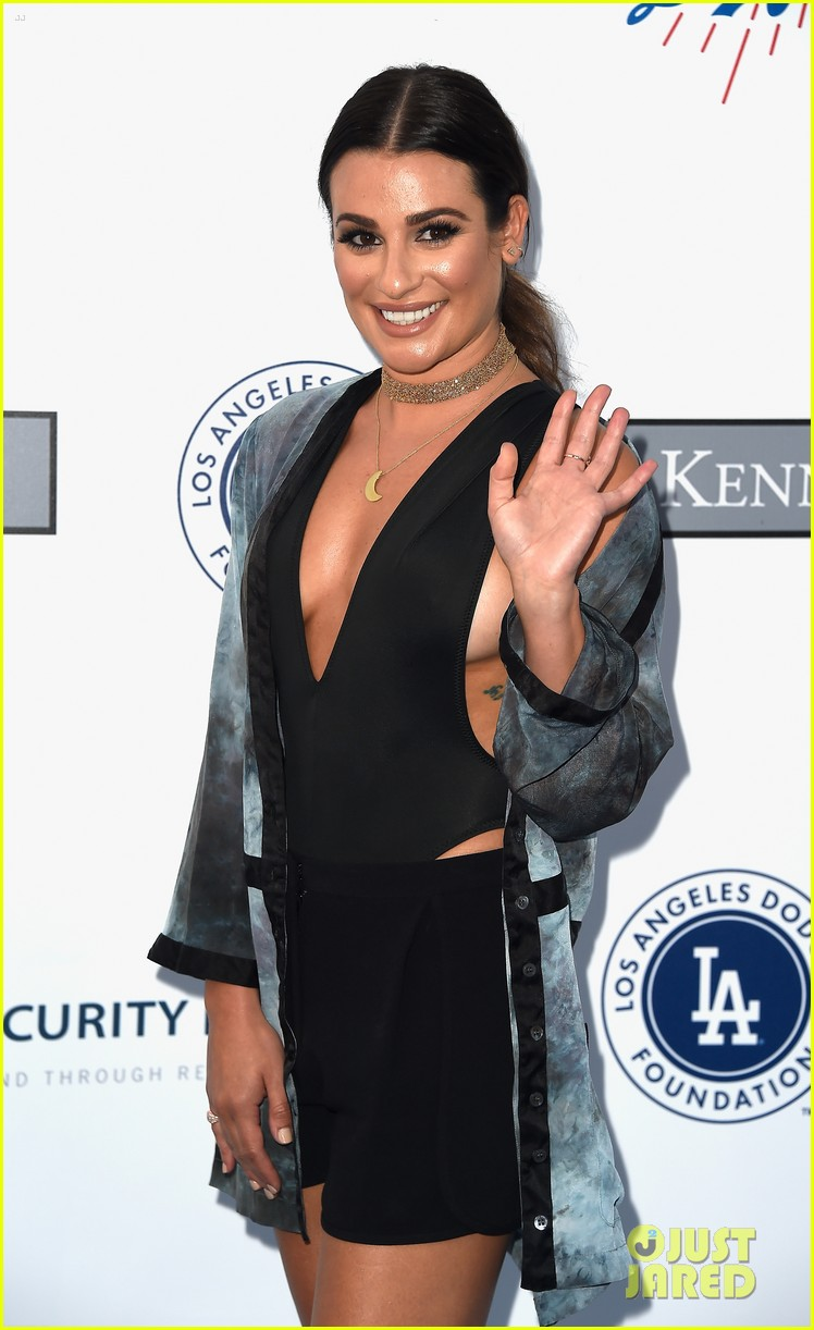 lea michele taylor lautner chace crawford dodgers fdn gala 07