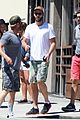 liam hemsworth lunch granville cafe friends 01