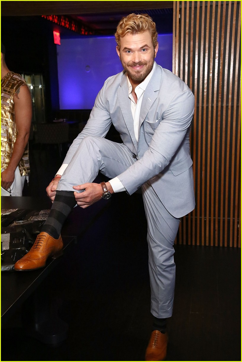 kellan lutz cody christian related garments fashion week 12