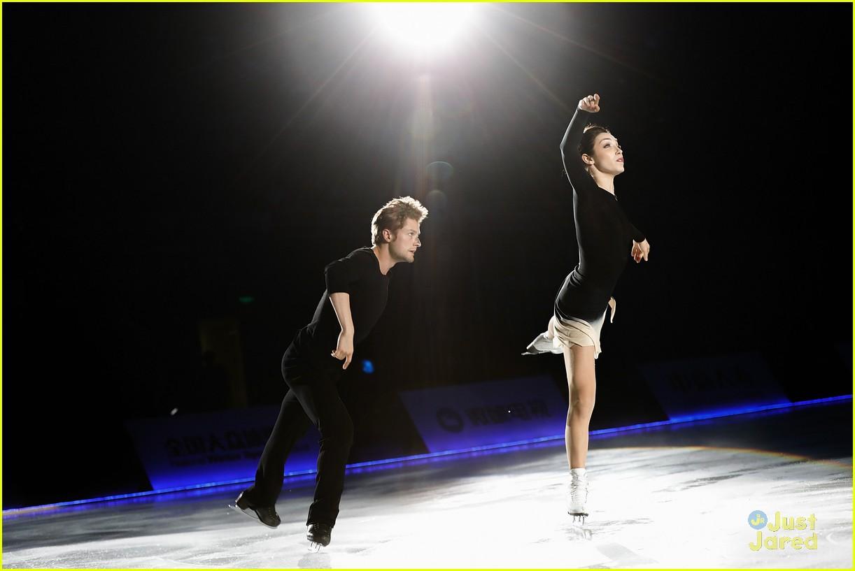 meryl davis charlie white beijing amazing on ice 01