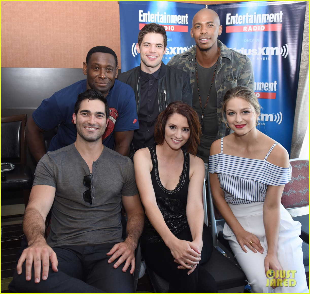 supergirl talk moving to cw comic con 03