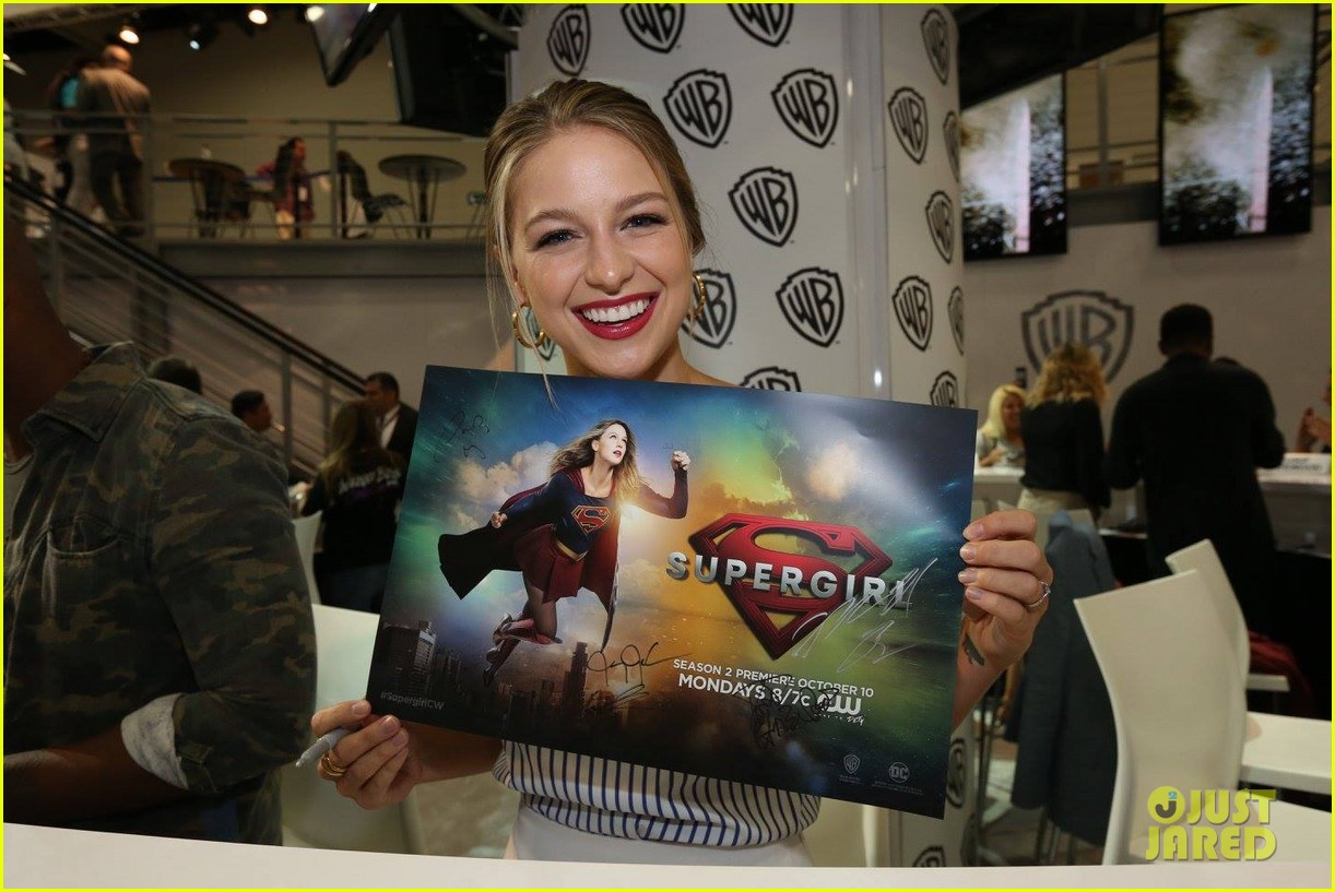 supergirl talk moving to cw comic con 20
