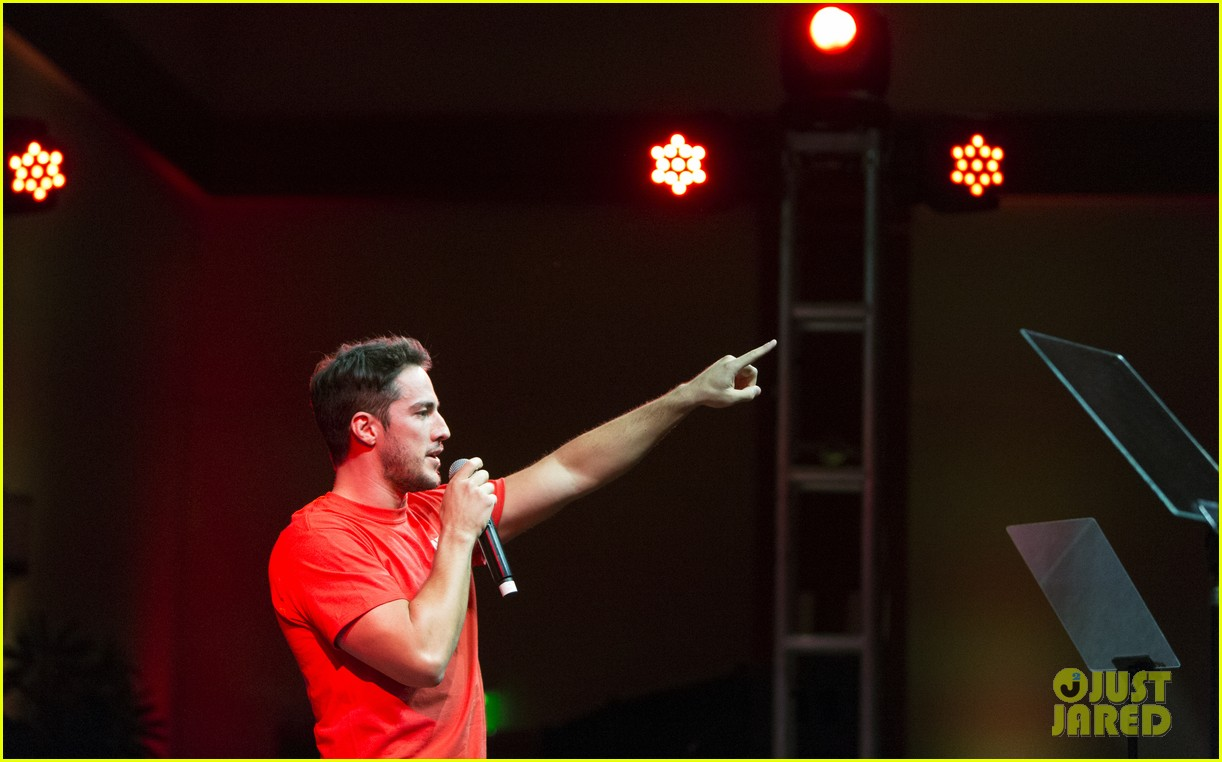michael trevino operation smile 2016 conference 08