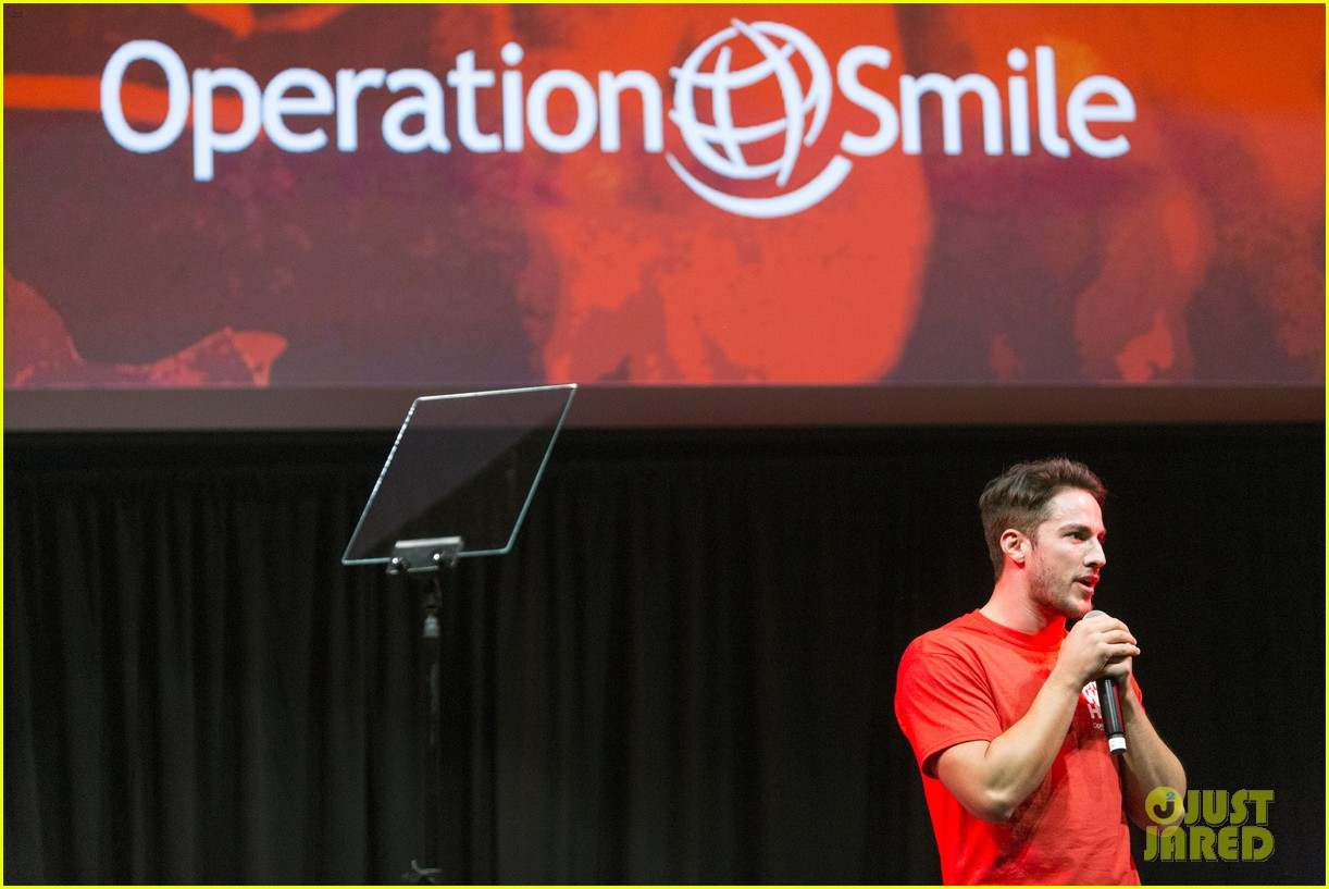 michael trevino operation smile 2016 conference 09