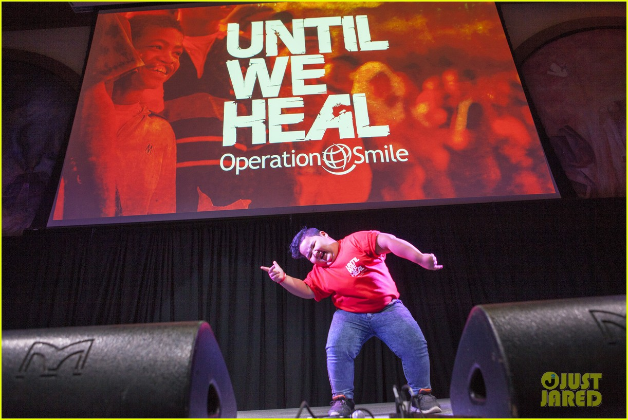 michael trevino operation smile 2016 conference 32