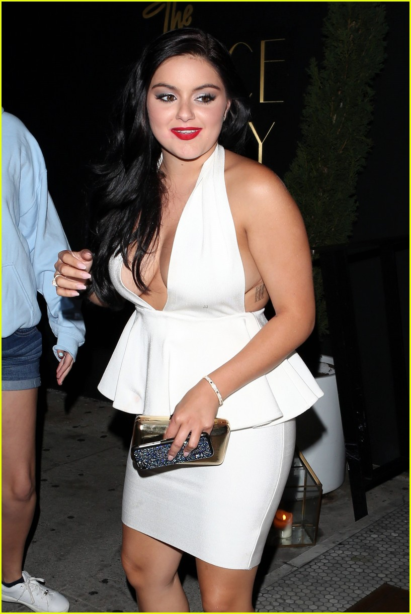 Cleavage Ariel Winter nude (12 foto and video), Tits, Fappening, Feet, underwear 2019