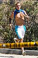 justin bieber goes on a shirtless solo hike 33