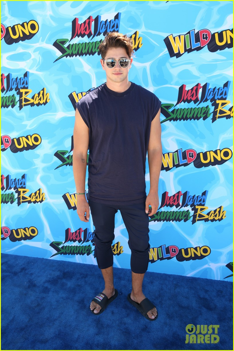 garrett clayton just jared summer bash 22