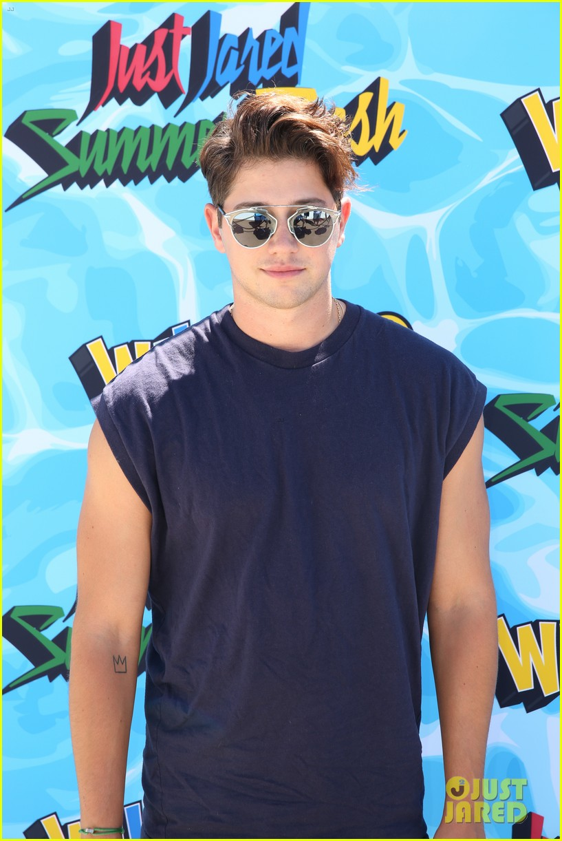 garrett clayton just jared summer bash 23