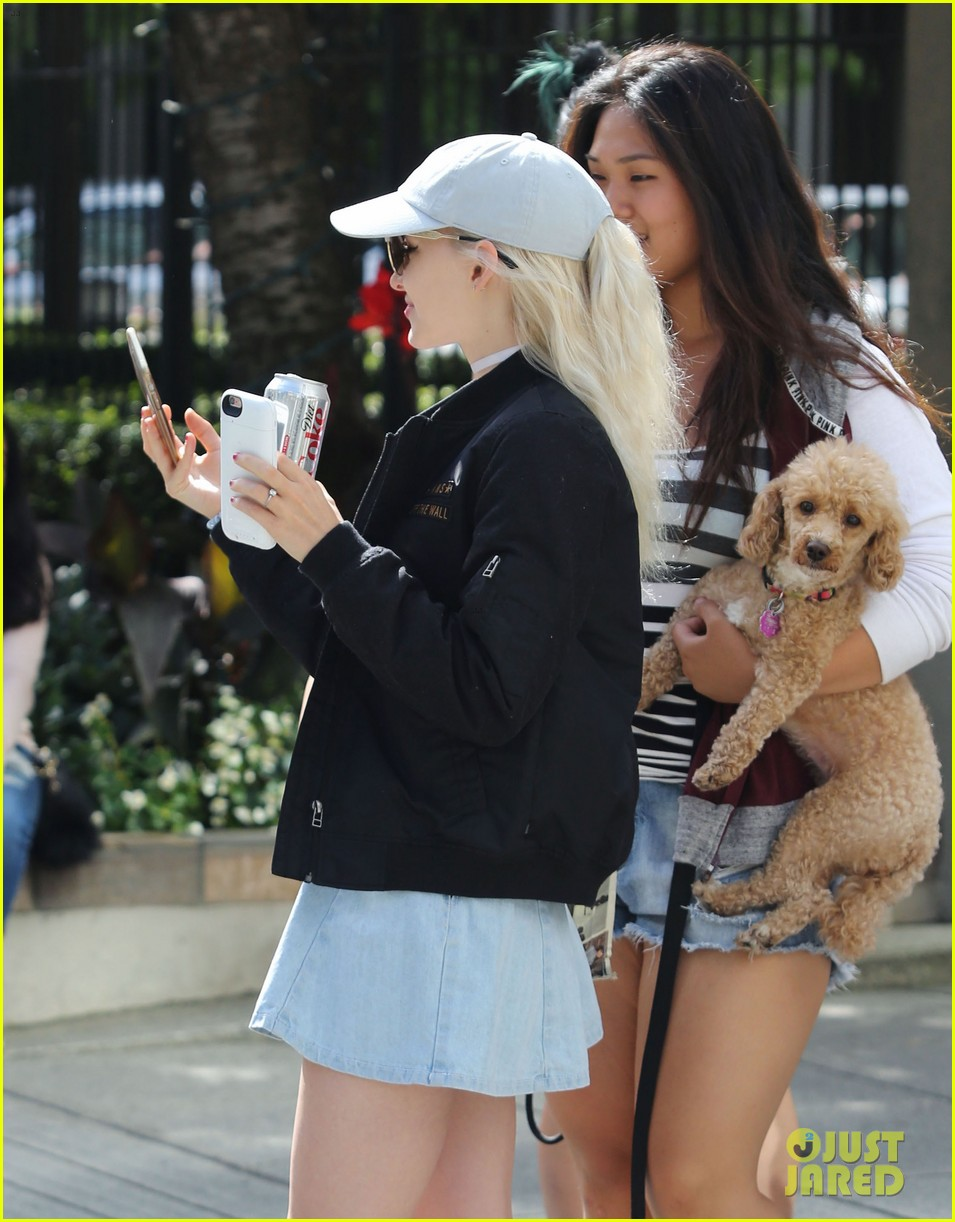 dove cameron hope mitchell vancouver 01