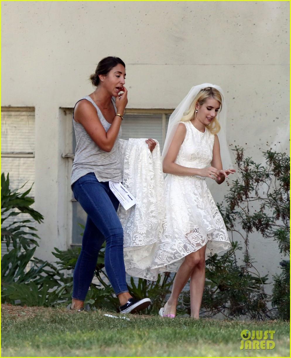 Emma Roberts Wedding Dress Taylor Lautner Gruesome Face Queens Set 07