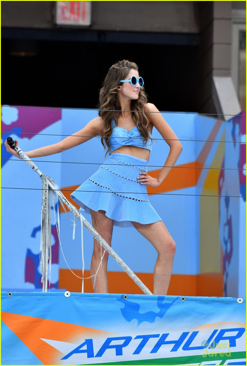 jordan fisher laura marano fiym performances aakd pics 02