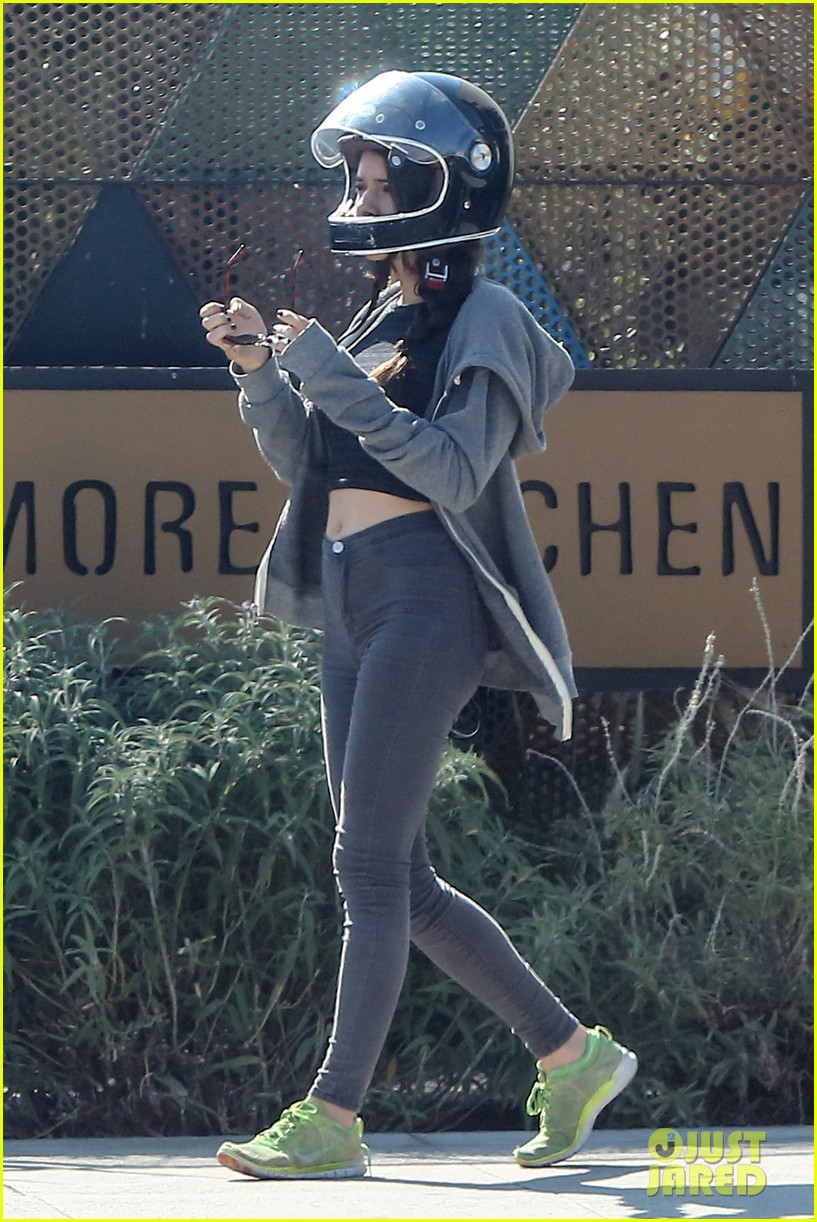 josh hutcherson girlfriend claudia traisac ride around on his motorcycle01209mytext