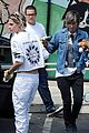 kristen stewart alicia cargile take their dog shopping78613mytext