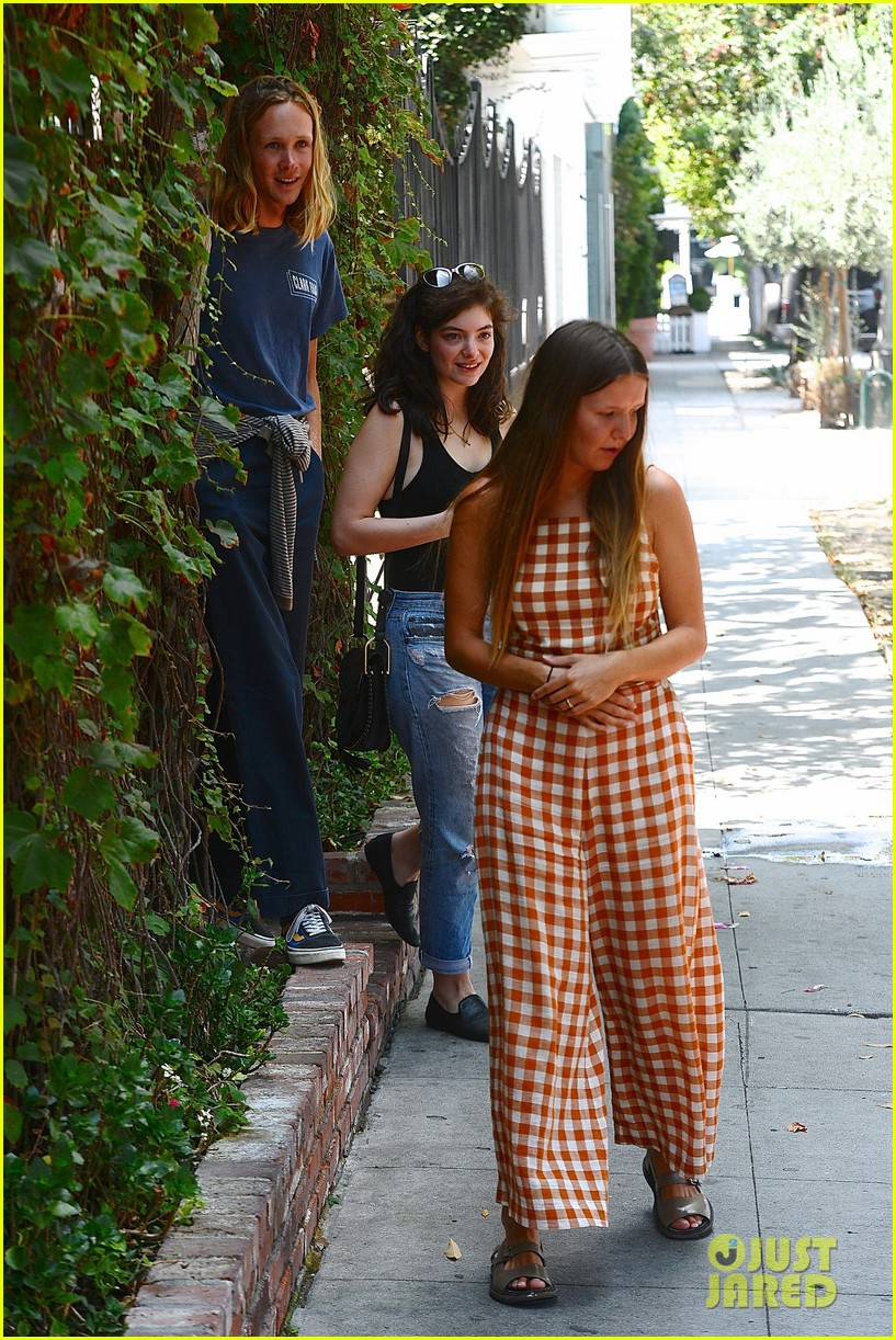lorde marni shopping songwriting style broods 05