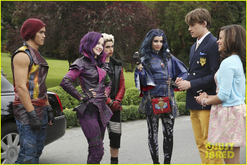 sofia carson remembers descendants one year 05