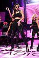 ariana grande hailee steinfeld zedd iheartradio festival vegas 23