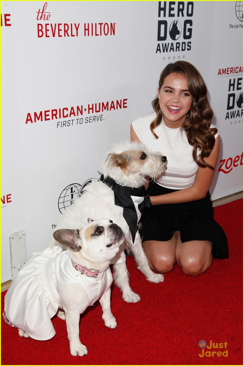 bailee madison nolan gould more alex lemonade hero dog awards 22