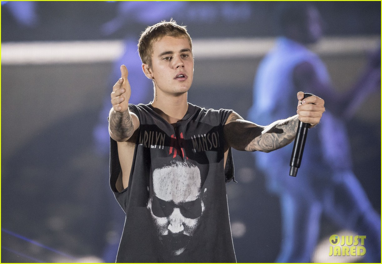 justin bieber performs in sweden 18