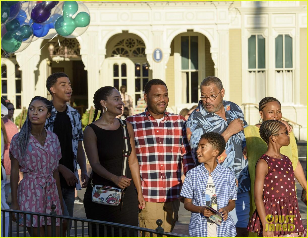 blackish kids film episode disney world 01
