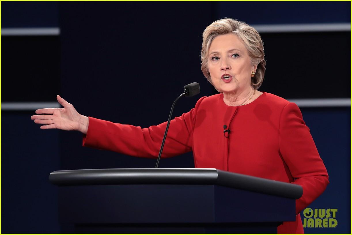 celebs tweet presidential debate 04