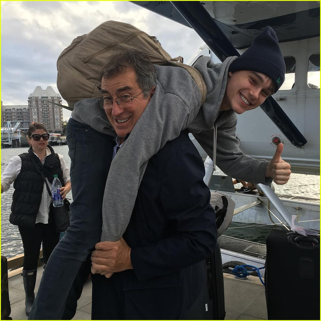 descendants cast flight vancouver jedi pilot 02