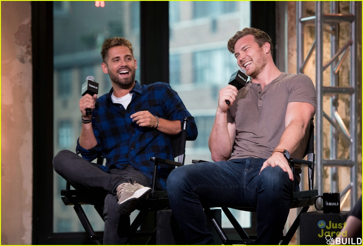 derek theler jean luc bilodeau aol build 01