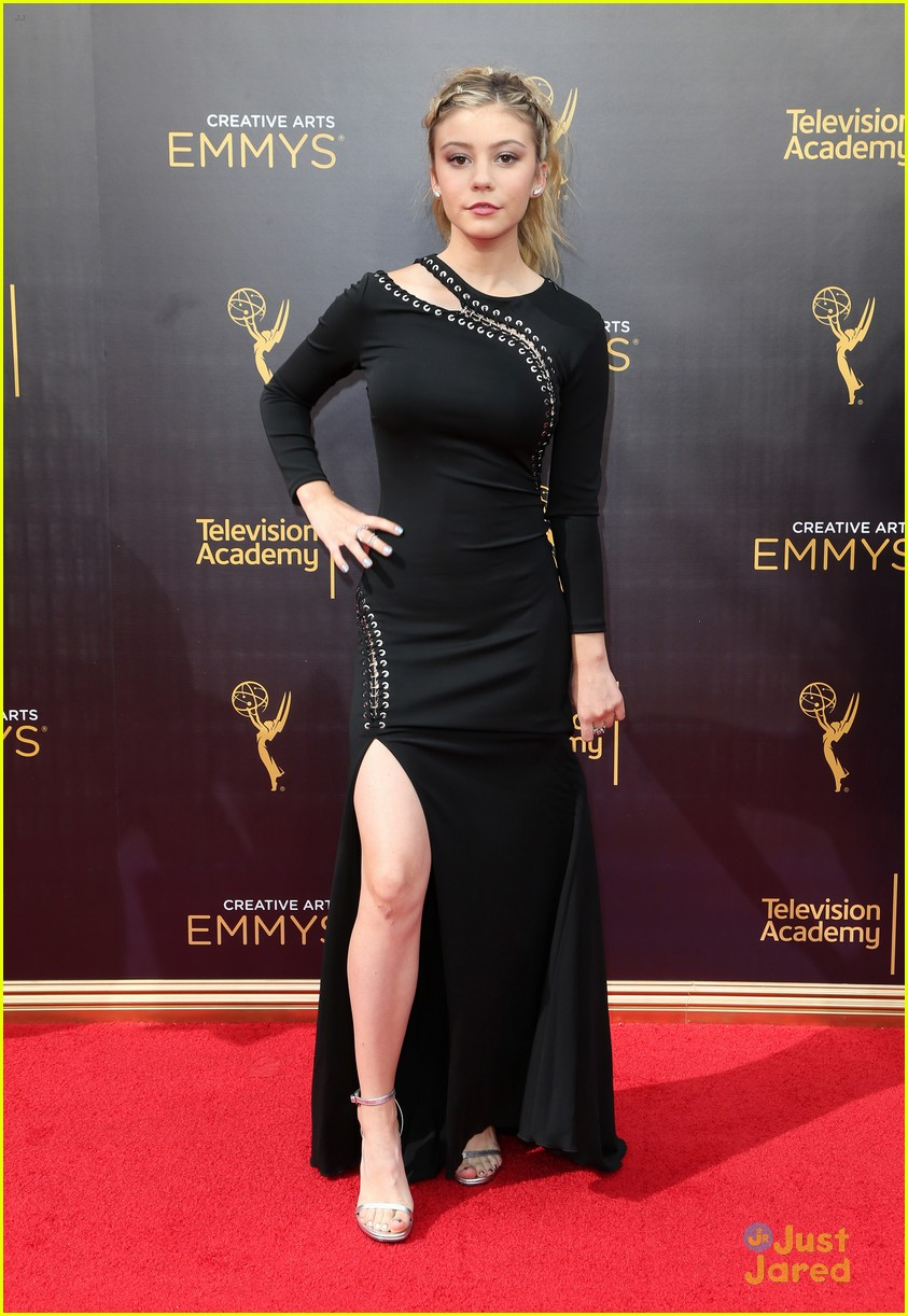 G Hannelius Stuns On Creative Arts Emmys Red Carpet See